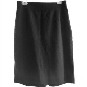 Dresses & Skirts - Banana Republic pencil skirt